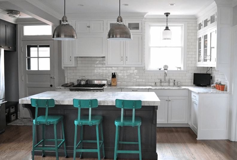 How Far Apart Should Pendant Lights Be Over An Island In The Kitchen? A Guide to Spacing Pendant Lights Over Kitchen Island: Distance of Island Lights