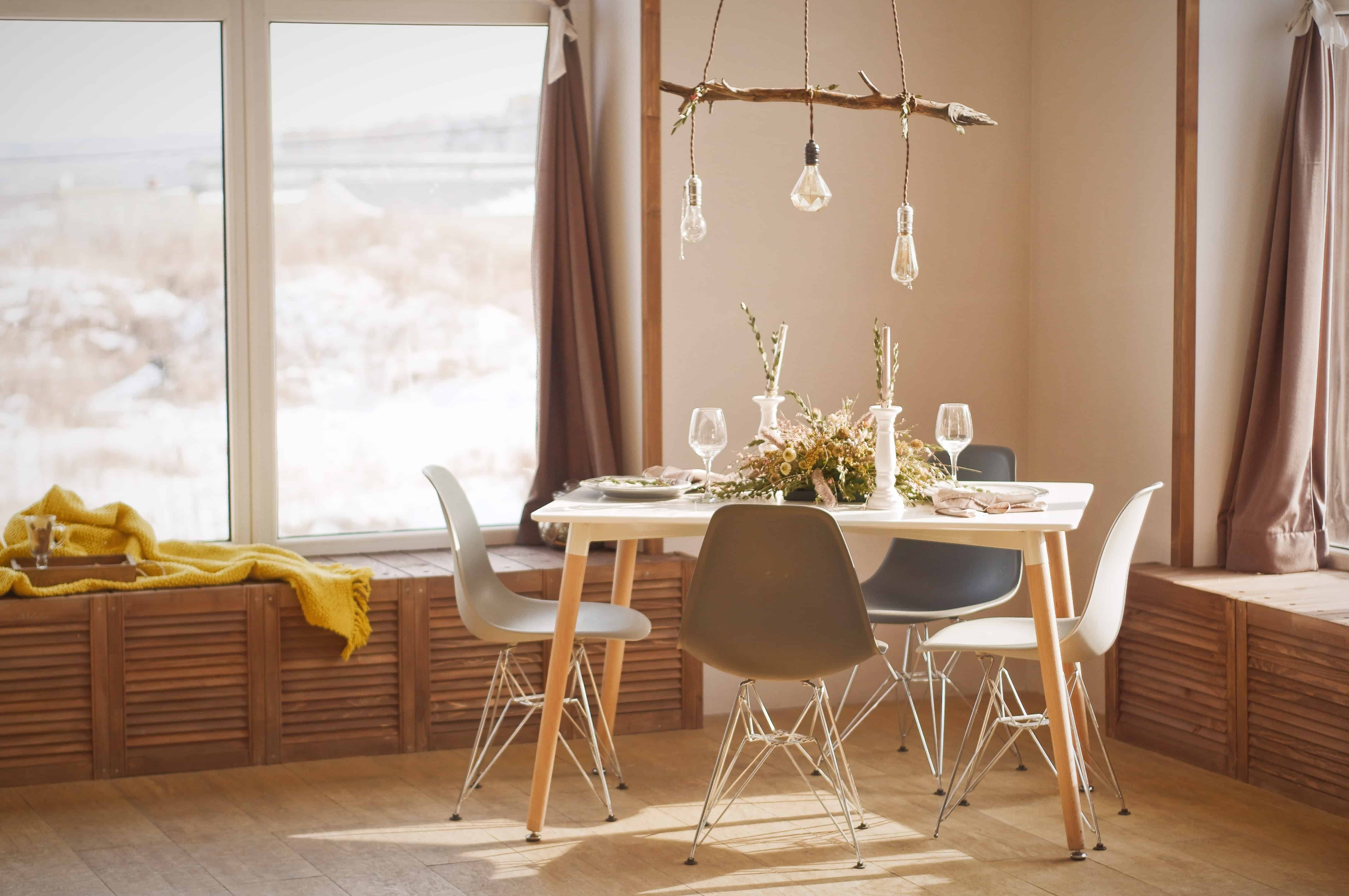 Home Makeover: Why Furniture Rental Is a Great Option: Dinning table set