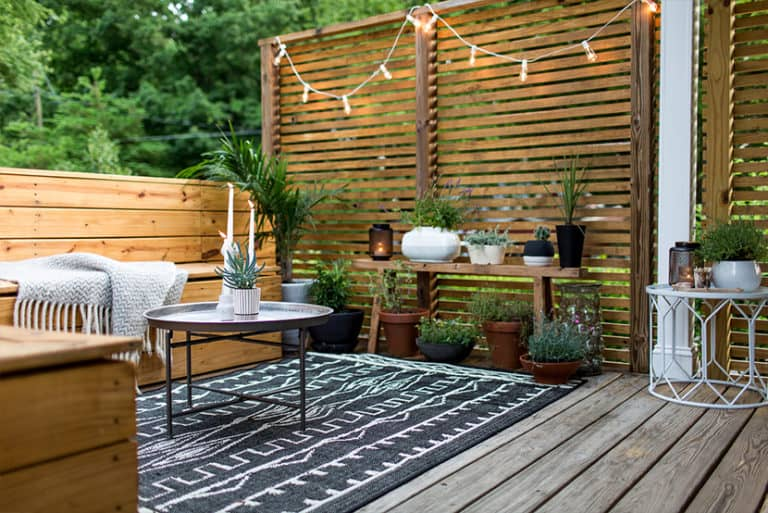 How To Keep Outdoor Rug From Blowing Away: Plants and Furnitures