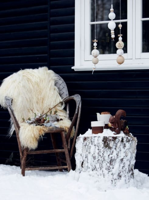 Outdoor winter party ideas: Chair and a side table