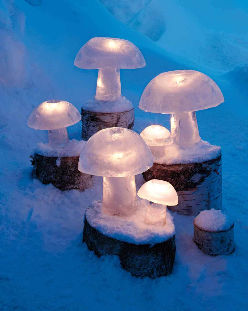 Outdoor winter party ideas: Mushroom Shape Winter Outdoor Lighting