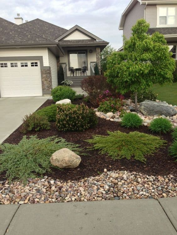 mulch to completely fill the front yard