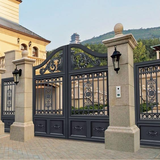 simple, regal design metal gate  #fenceGate #fence #gardenfence #gardenfenceideas #privacyfenceideas #privacyfence #backyardLandscaping #backyardLandscapingIdeas #landscaping #gardenfence #gardenfenceideas #privacyfenceideas