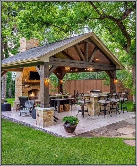 clay or slate pergola with shingle roof