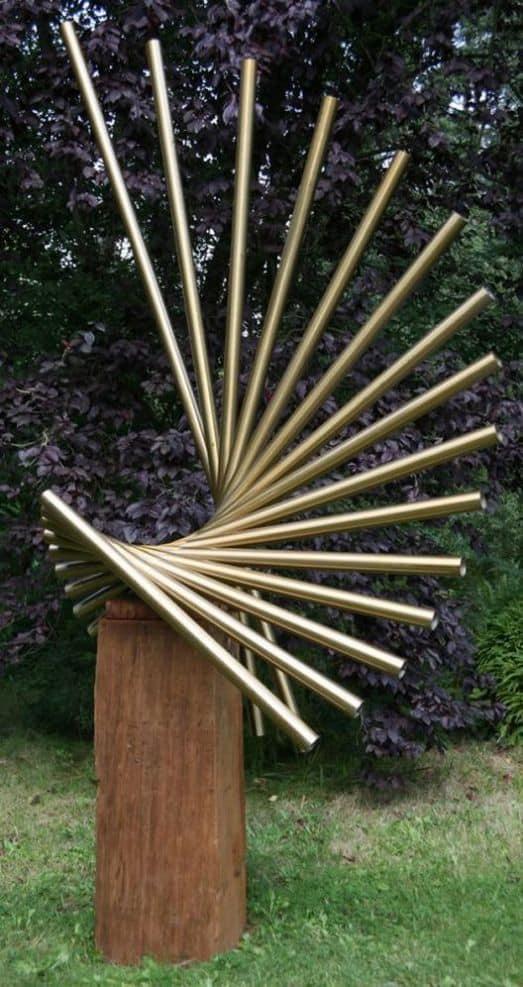 Abstract metal art sculpture  #gardenSculptureIdeas #garden #landscaping #metal