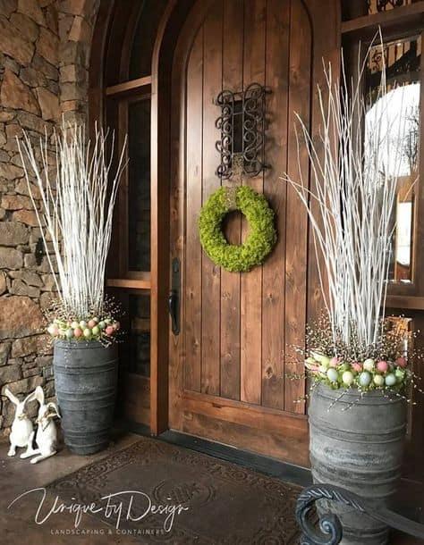 Farmhouse chic for your Easter porch #farmhouse #easter #backyardporch #porchIdeas #frontDoorDecor #frontDoorWreaths #frontDoorWreath