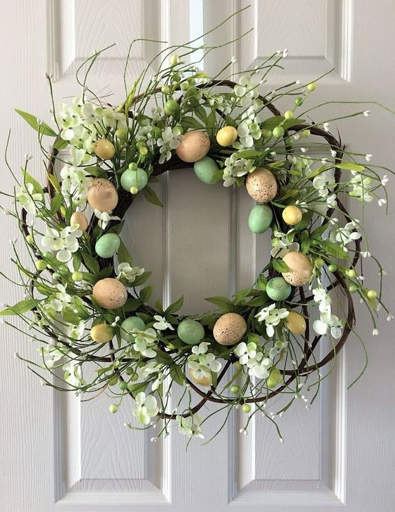 Round Eggs wreath #eastereggs #easter #frontDoor #frontDoorDecor #frontDoorWreaths #frontDoorWreath #curbAppealProjects #curbAppeal