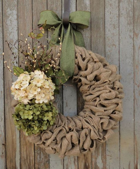 Flower Wreath #flowers #easterflowers #easter #frontDoor #frontDoorDecor #frontDoorWreaths #frontDoorWreath #curbAppealProjects #curbAppeal