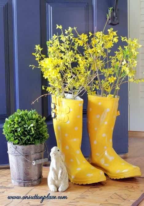 Raiboots as a perfect Easter vase #easter #backyardporch #porchIdeas #frontDoorDecor