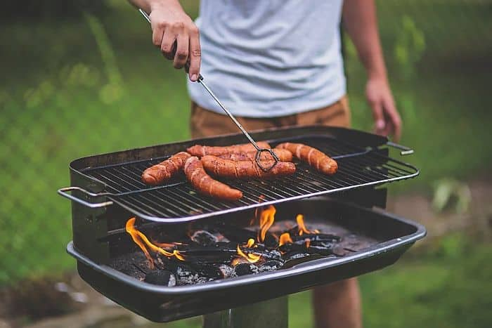 Grilling with charcoal and wood chips