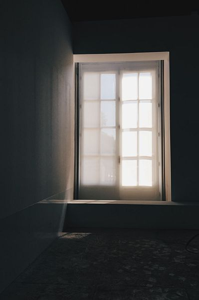 Window with seeping light