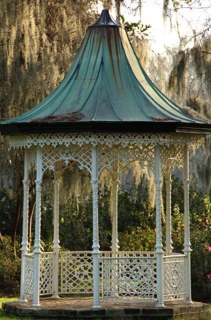 a Victorian gazebo #gazeboideas #gazebo #pavillion #pavilion #backyardGazebo