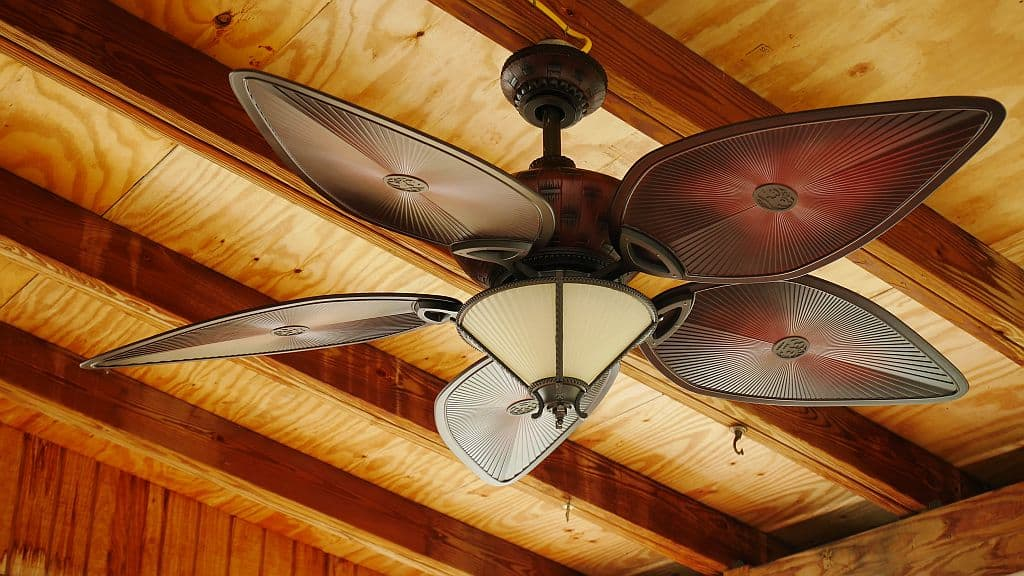 How to install an outdoor ceiling fan on a pergola fi