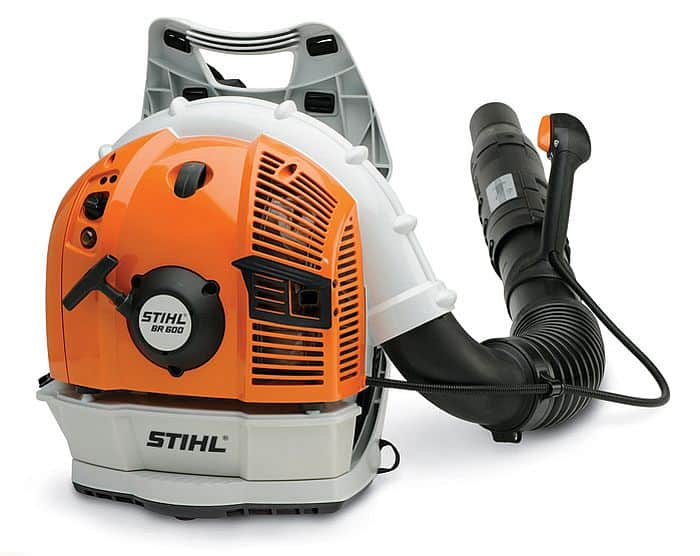 A shot from the back of Stihl SR 600 leaf blower