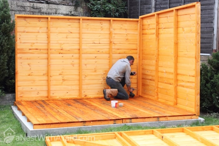 building shed with walls and floor