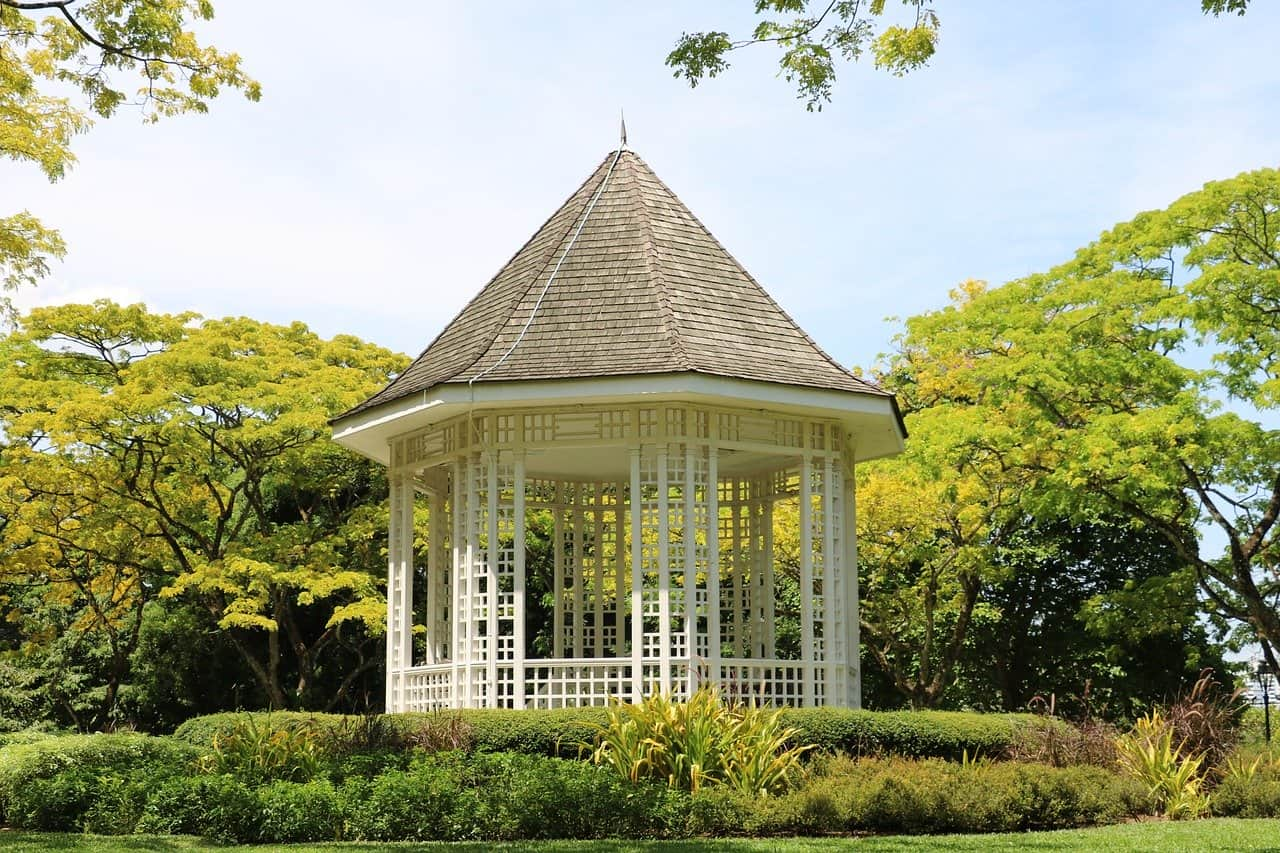 How to choose the best gazebo for your backyard plus 5 gazebo reviews