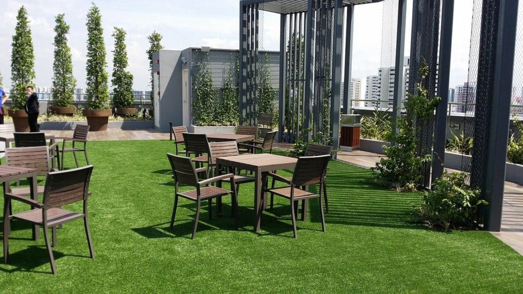 What is a rooftop garden? #garden #rooftopGarden #roof #homeImprovements #containers #outdoorSpace