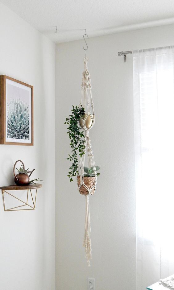 How to hang plants from a ceiling: Using a hook and/or rod #ceiling #indoorGardenIdeas #indoorgardendesigns #indoorgardenapartment #apartmentindoorgarden #apartmentgardening #plants