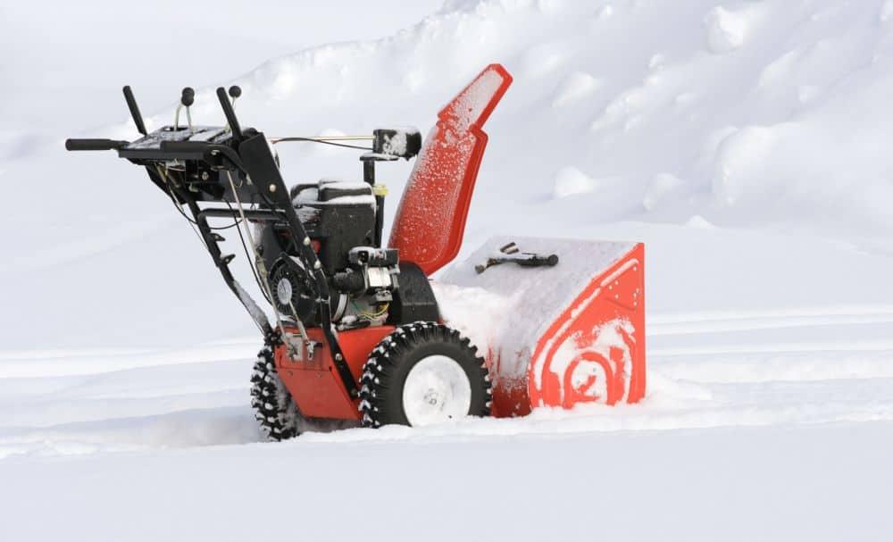 Snow blower in deep snow