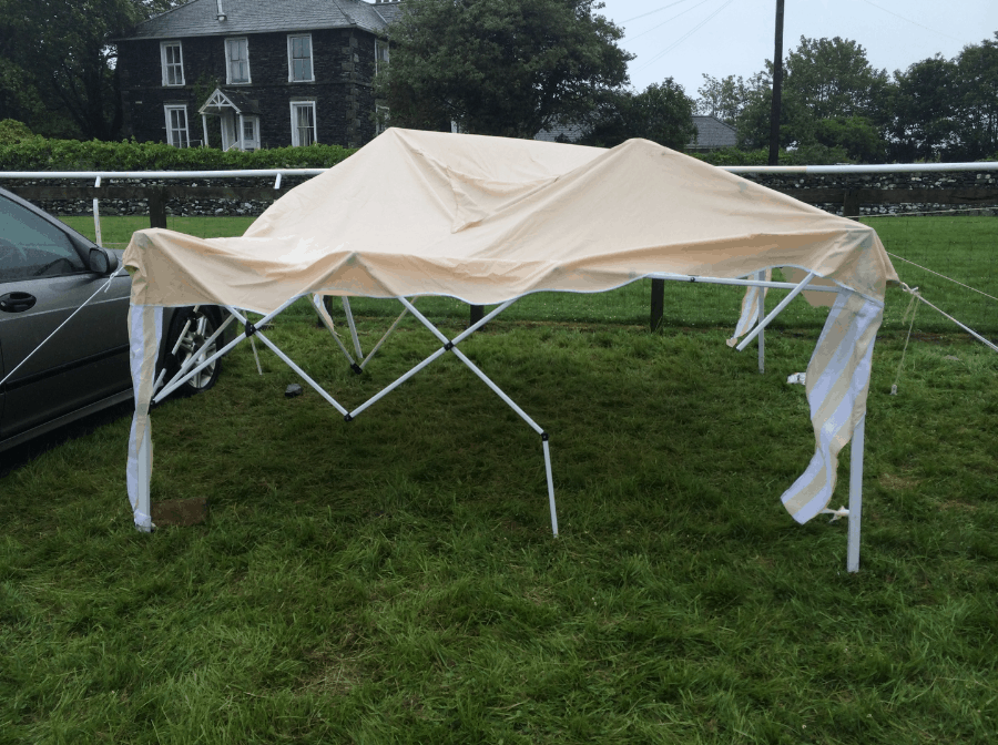Foldable canopy in the yard